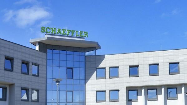 Umfirmierung in Schaeffler Industrial Drives AG & Co. KG