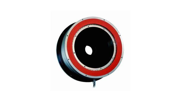 Entwicklung und Produktion des ersten rotatorischen Direktantriebes   Serienfertigung von Direktantriebssystemen für die Productronic (präTEC)