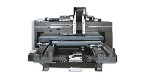 Firmensitzverlegung von Baden-Württemberg nach Thüringen (L-A-T)  Entwicklung und Produktion des ersten Multilayers für die Leiterplattenherstellung (L-A-T)